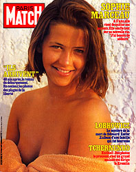 Paris Match cover issue 1826