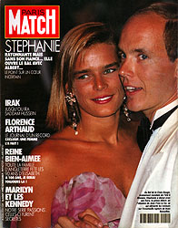 Paris Match cover issue 2151